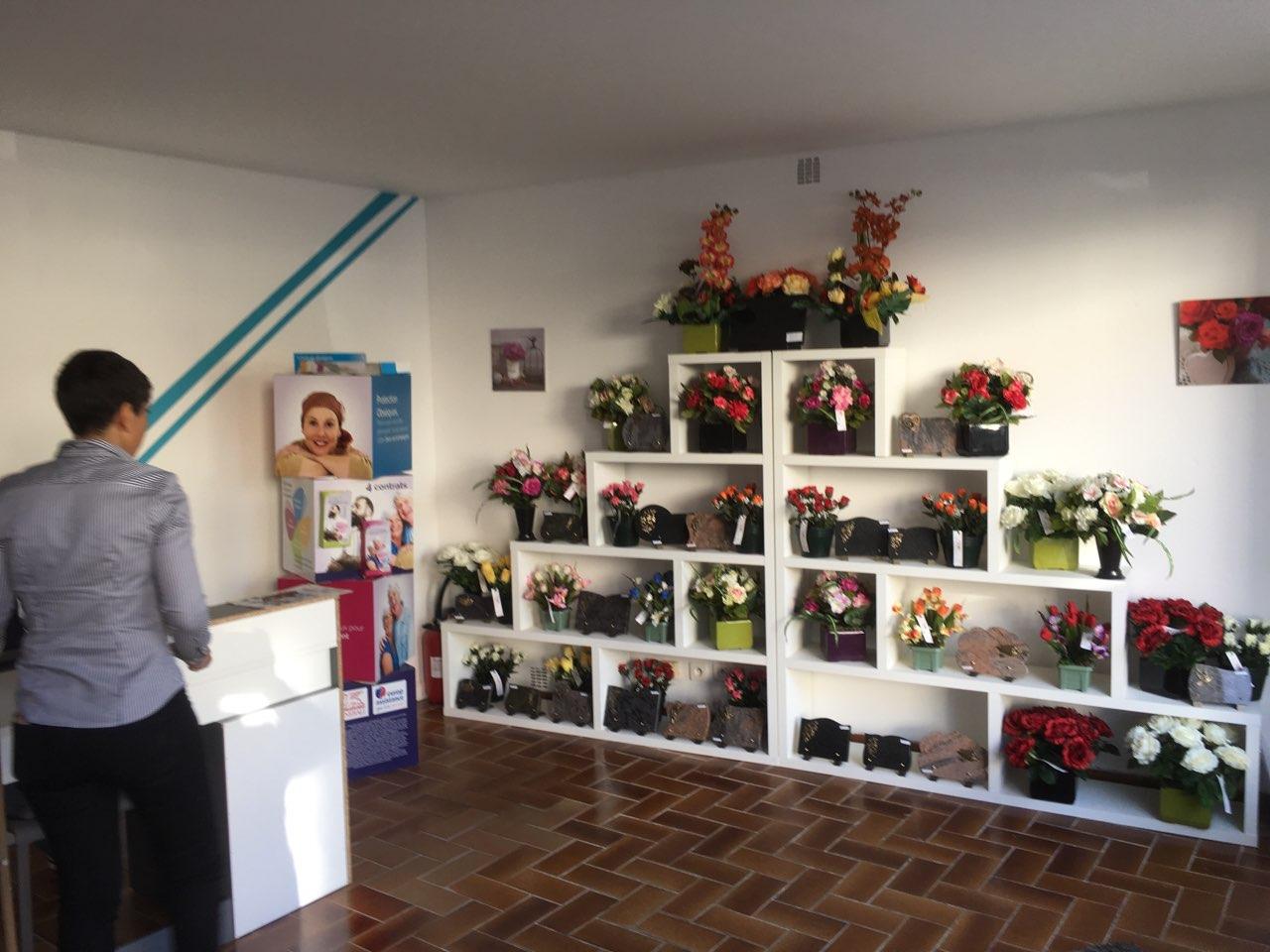 Intérieur bureau des Pompes Funèbres Eco du BAB